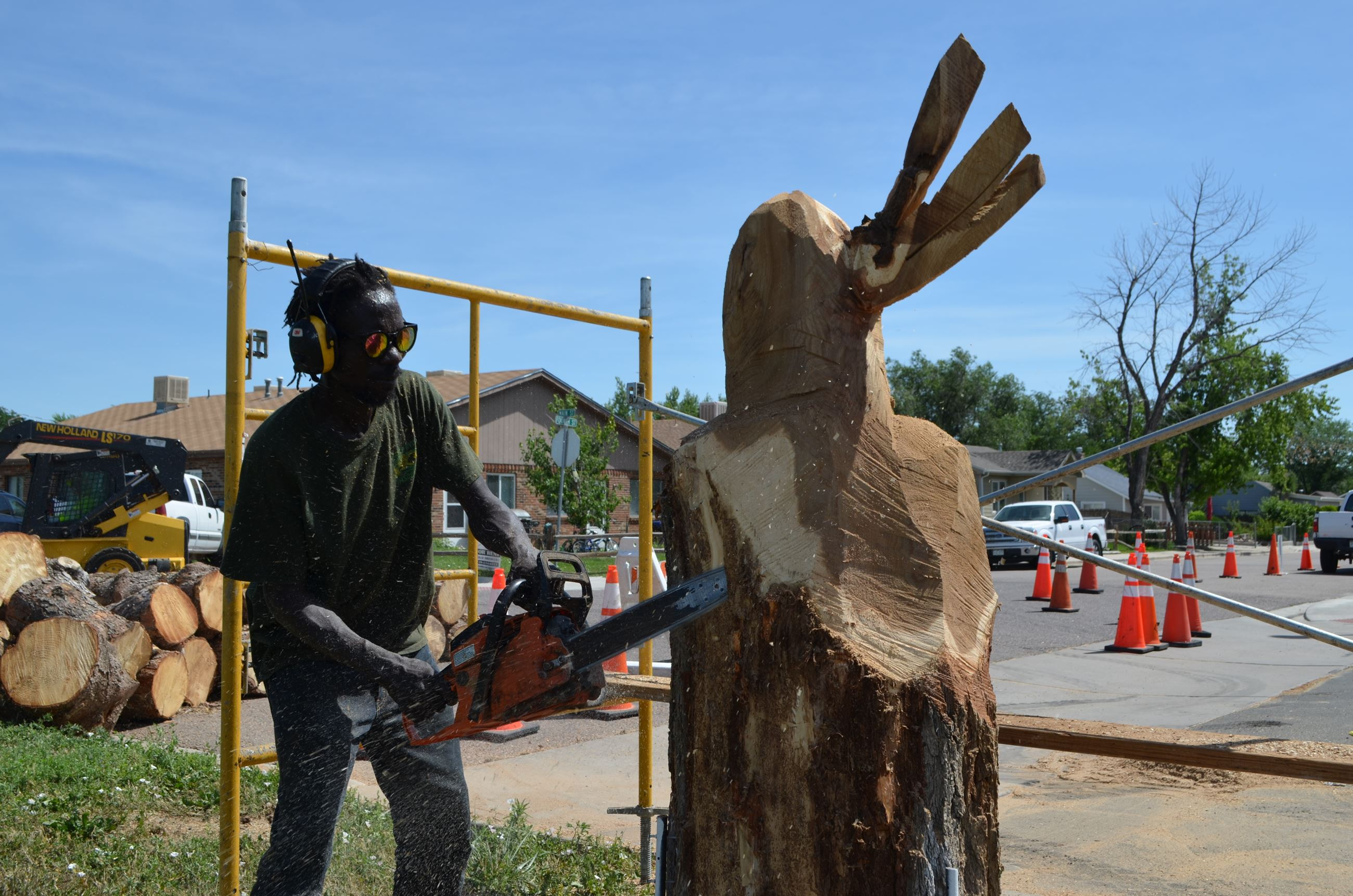 carving with chainsaw